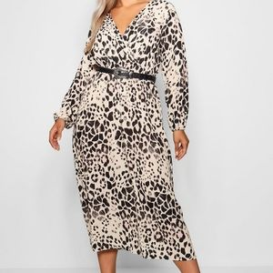 Boo Hoo Plus Leopard Midi Dress US 14